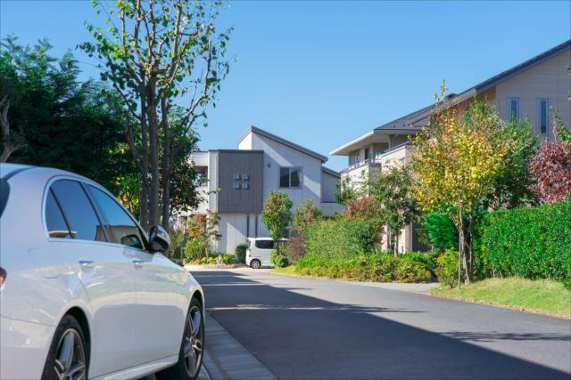 庭と駐車場のある家を購入するなら注文住宅